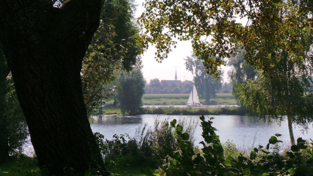 Boot op de Maas | De Maasgaarde