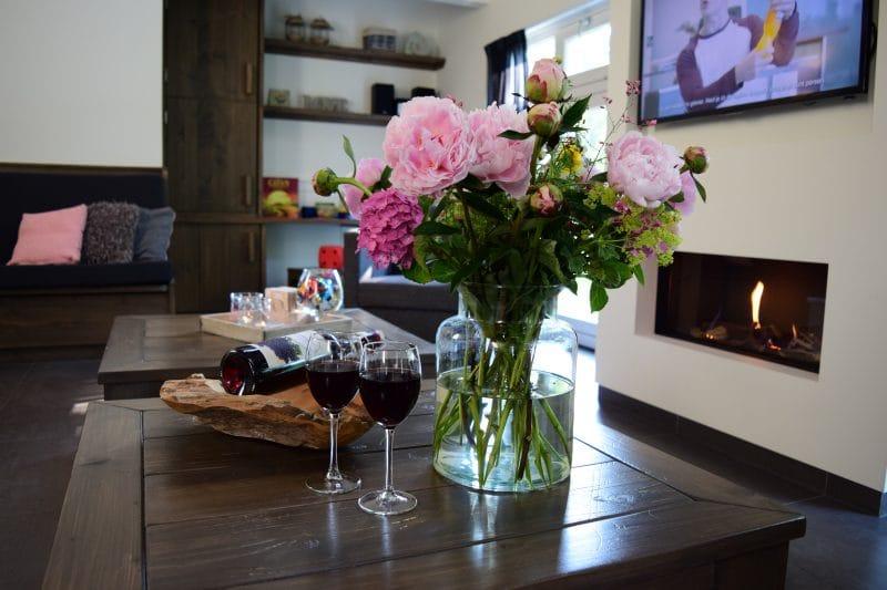 Sfeer in de woonkamer | De Maasgaarde